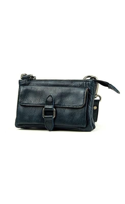 62ffea17ee6 Dit stoere tasje Albury met riempje komt uit de collectie van BAG2BAG. Door  de schouderband en het polsbandje is deze tas te gebruiken als schoudertas  maar ...